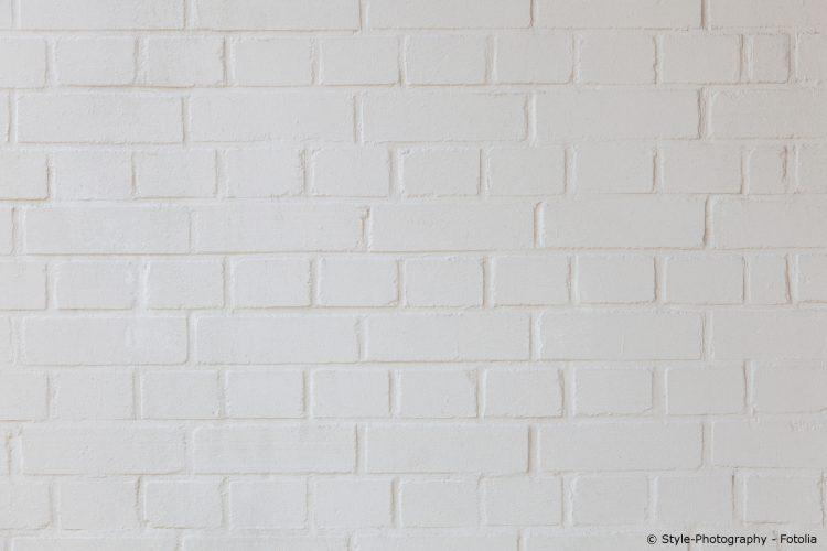weiße Klinker Wand